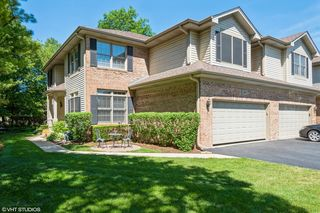 3950 Balmoral Ct, Rolling Meadows, IL 60008