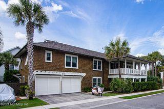 698 Beach Ave, Atlantic Beach, FL 32233