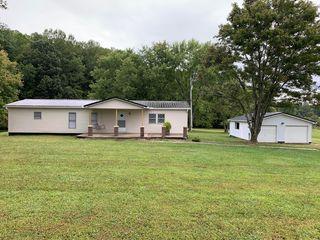 1882 Stilesville Rd, Science Hill, KY 42553