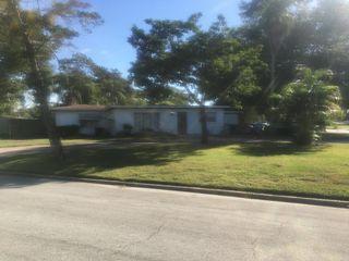 5805 Camellia Dr, Orlando, FL 32807