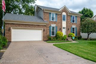 4412 Holly Tree Dr, Louisville, KY 40241