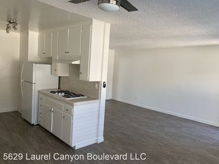 5635 Laurel Canyon Blvd #17, Valley Village, CA 91607