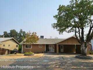 2955 Shasta St, Redding, CA 96001