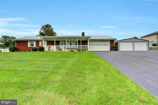 14306 Mountain Rd, Orrstown, PA 17244