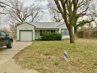 1620 E Selma St, Wichita, KS 67216