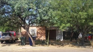 381 N Court Ave, Tucson, AZ 85701
