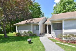 81 Molly Pitcher Ln #B, Yorktown Heights, NY 10598