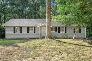 1393 Red Cedar Trl, Stone Mountain, GA 30083