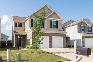 2318 Shadow Bend Dr, Columbus, IN 47201