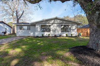 208 Pine Ave, Hempstead, TX 77445