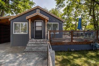 247 Young Ave, Nampa, ID 83651