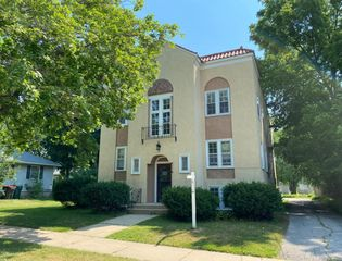 716 7th Ave SW #4, Rochester, MN 55902