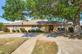 5012 South Dr, Fort Worth, TX 76132