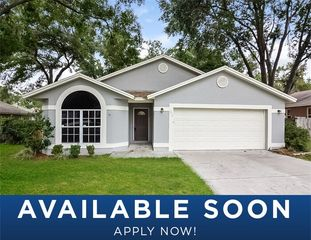 3806 Creek Way Ct, Plant City, FL 33563