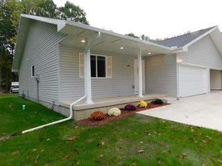 1500 S Woodland Ave, Michigan City, IN 46360