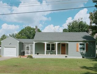 4323 Spriggs St, Chattanooga, TN 37412