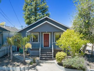 107 Cedar St, Santa Cruz, CA 95060