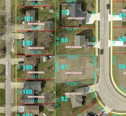 81 N Emerald Pointe Way #81, Muncie, IN 47304