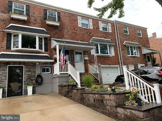 10802 Rayland Rd, Philadelphia, PA 19154