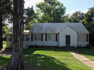 1691 Hampton Ave N, Fairfax, SC 29827