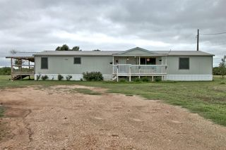 2920 Woodrow Center Rd, Kingsbury, TX 78638