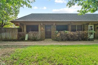 4421 Westminster Dr, Irving, TX 75038