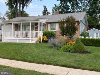 225 Highfalcon Rd, Reisterstown, MD 21136