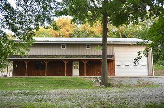 1329 Bowzer Rd, Macon, MO 63552
