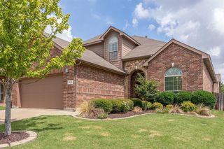 2613 Triangle Leaf Dr, Fort Worth, TX 76244