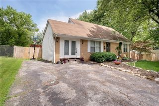 5118 Norcroft Dr, Indianapolis, IN 46221