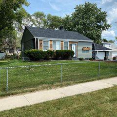 9126 W Thurston Ave, Milwaukee, WI 53225