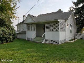 627/621 S 80th Ave, Yakima, WA 98908