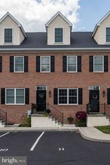 616 Crossing Ct, Kennett Square, PA 19348