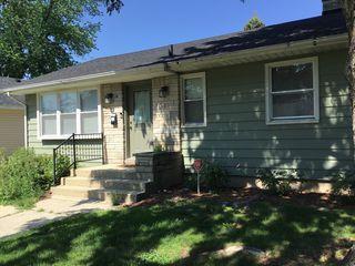114 N Harrison Ave, Aurora, IL 60506
