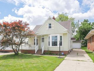 12604 Oak Park Blvd, Garfield Heights, OH 44125