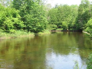 8965 N Waterwonderland Ct, Branch, MI 49402