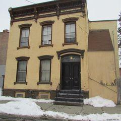 79 Ida St, Troy, NY 12180
