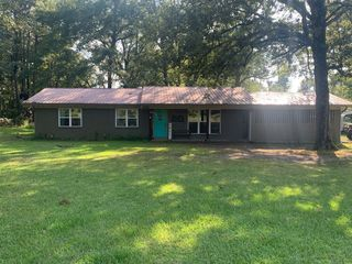 914 Lafayette Dr #23, Stamps, AR 71860