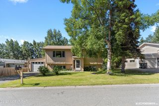 3765 Coventry Dr, Anchorage, AK 99507