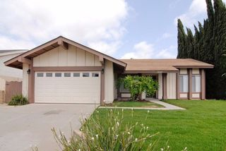 10325 Lairwood Dr, Santee, CA 92071