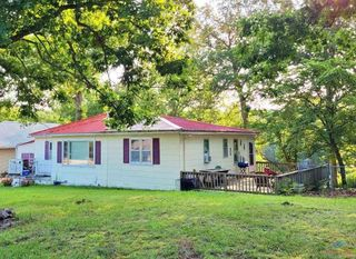 29102 Round House Ave, Lincoln, MO 65338