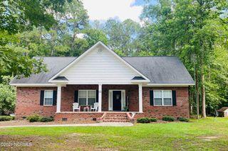 125 Oak Rd, Whiteville, NC 28450