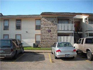 1000 N 13th St, West Columbia, TX 77486