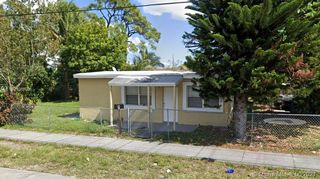 842 NW 25th Ave, Fort Lauderdale, FL 33311