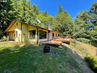 6851 Highway 126, Florence, OR 97439