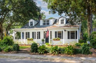 512 Royall Ave, Mount Pleasant, SC 29464