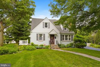 114 S Lincoln Ave, Moorestown, NJ 08057