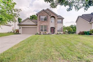10116 Hawks Lake Dr, Fishers, IN 46037