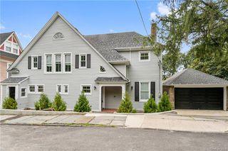 163 Shonnard Ter, Yonkers, NY 10701