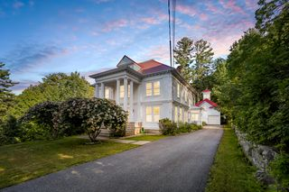 58 Pikes Hl, Norway, ME 04268